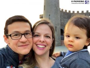 Lourdes e Domingos Rigoni aproveitam sempre as oportunidades para visitar o neto Gabriel, em São Paulo, filho de Mariana e Anderson Adamo, que já têm o segundo a caminho.