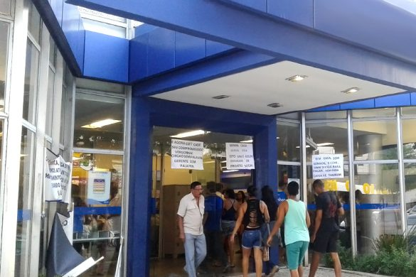 Bancários entram em greve nesta terça-feira