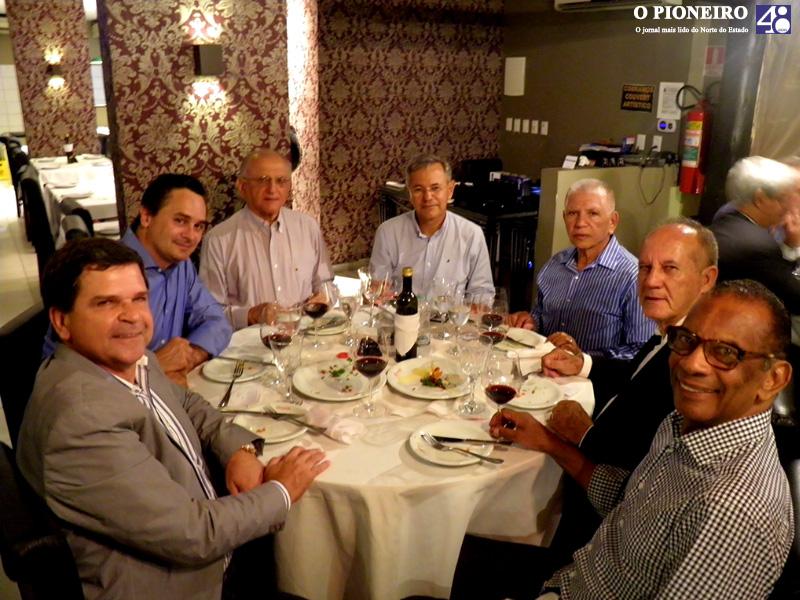 jantar-clube-das-quintas-feiras-governador-paulo-hartung-jornal-o-pioneiro-linhares-002