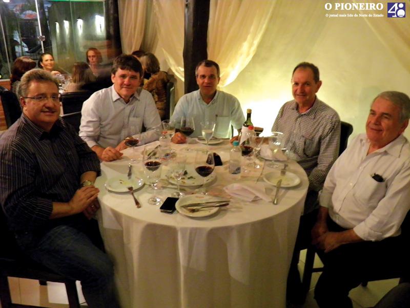 jantar-clube-das-quintas-feiras-governador-paulo-hartung-jornal-o-pioneiro-linhares-003