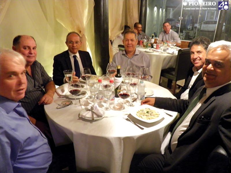 jantar-clube-das-quintas-feiras-governador-paulo-hartung-jornal-o-pioneiro-linhares-004